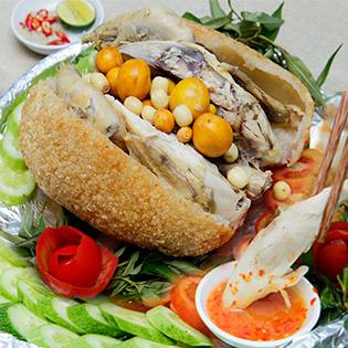 Gà Ta Bó Xôi Nguyên Con 1.3kg Dành Cho 4 Người Tại Gà Sài Gòn - Giao Hàng Tận Nơi