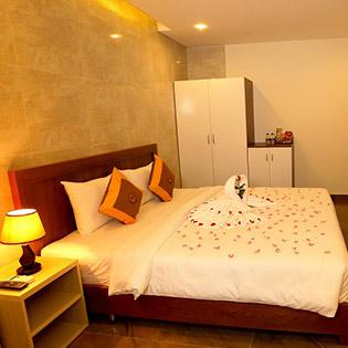 Friendly Hotel Sài Gòn 3* 2N1Đ Phòng Superior Bao Gồm Ăn Sáng Dành Cho 2 Người
