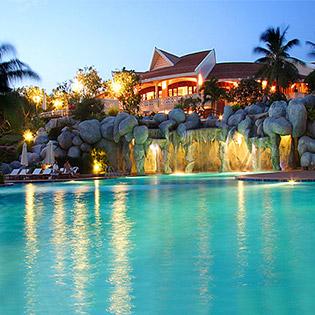 Phú Hải Resort 4* + Phòng Deluxe 2N1Đ Dành Cho 2 Khách -  Bao Gồm Ăn Sáng, Trưa Hoặc Tối + Vé Massage Lưng + Vé Uống Nước Trái Cây Tại Quầy Bar Hồ Bơi + Xông Hơi 30 Phút