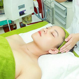 Chạy Vitamin C + Hút Chì + Phun Oxy Tươi + Đắp Mặt Nạ + Ánh Sáng Sinh Học - Beauty Spa