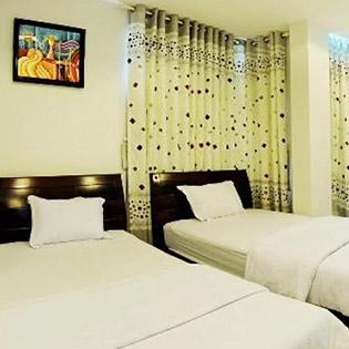 Vinapha Hotel 2* Đà Nẵng 2N1Đ Phòng Standard Double Dành Cho 02 Người - Ngay Cầu Quay Sông Hàn Và Cầu Rồng