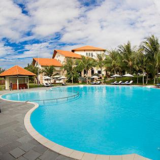 Blue Bay Mũi Né Resort 4* 2N1Đ - 01 Bữa Ăn Trưa/ Tối + Không Phụ Thu Cuối Tuần - Dành Cho 2 Khách