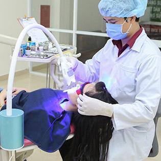 Nha Khoa Hoàng Kim - Tẩy Trắng Răng Hiệu Quả Bằng Công Nghệ Plasma Không Ê Buốt Quận 6