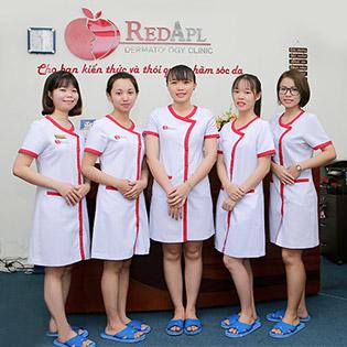 Phòng Khám Da Nổi Tiếng Red Apple - Điện Di W, Ps Dưỡng Da + Ánh Sáng Sinh Học Và Đắp Mặt Nạ Sáng Da