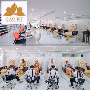 Tẩy Tế Bào Chết + Chăm Sóc + Sơn Gel O.P.I Móng Tay, Chân + Ngồi Ghế Massage Lưng - Cao Kỳ Beauty Academy 5*