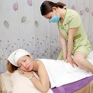 Miễn Tip - (90') Massage Body + Foot + Xông Hơi + Chạy Vitamin C + Đắp Mặt Nạ/ Massage Đầu, Vai, Cổ, Gáy/ Tái Tạo Làn Da/ Trị Mụn/ Trị Thâm/ Giảm Béo - Dragon Spa