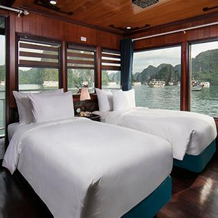 Khám Phá Vịnh Hạ Long Cùng Du Thuyền Luxury Flamingo 4* - Miễn Phí Kayaking - 2N1Đ Dành Cho 01 Khách