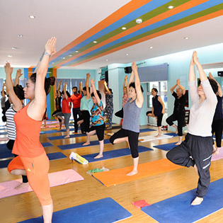 Thẻ Tập Yoga 10 Buổi Tại Zenfit - Trung Yên