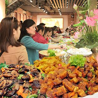 Thanh Tịnh Với Buffet Chay Hương Thiền - Ẩm Thực Chay Giữa Lòng Hà Nội