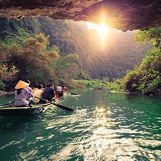 Tour Ninh Bình 1 Ngày: Hoa Lư - Tam Cốc - Khởi Hành Hàng Ngày