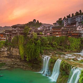 Tour Trung Quốc 5N4Đ Trương Gia Giới - Phượng Hoàng Cổ Trấn - Bay Vietjet - Khởi Hành Từ HCM - Dành Cho 01 Người