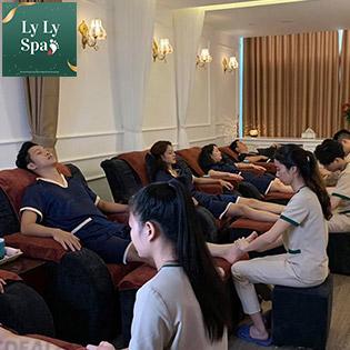 Massage Cổ-Vai-Gáy/ Massage Body Tại Ly Ly Spa – Foot & Body Massage