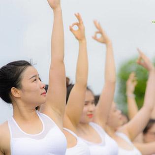 1 Tháng Tập Yoga 12 Buổi Cùng HLV Chuyên Nghiệp Tại Yoga Sống Khỏe