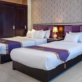 Khách Sạn Bay Sydney Đà Nẵng 3*, Ăn Sáng Buffet + Vé Du Thuyền Sông Hàn - Cho 02 Người
