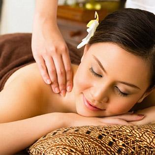 Massage Cổ Vai Gáy Đỉnh Cao Trị Liệu - Hà Nội Beauty Center
