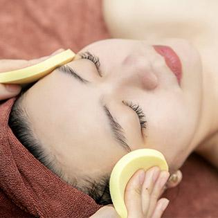90 phút Massage Body Kết Hợp Chăm Sóc Cấp Ẩm Da Mặt Mùa Hanh Khô Tại Queen Beauty Hair & Spa