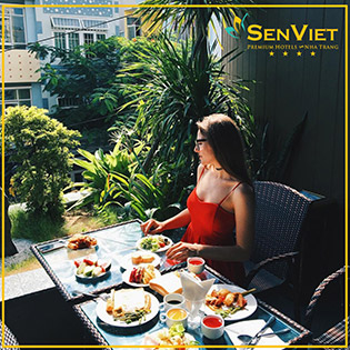 Sen Việt Premium Hotel 4* Nha Trang - Honeymoon Package 3N2Đ Phòng Deluxe Double – Ăn Sáng Dành Cho 2 Khách