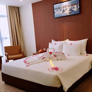 Pandora Boutique Hotel Đà Nẵng 4* - Phòng Deluxe 3N2Đ - Ăn Sáng Cho 2 Người – Gần Biển Mỹ Khê - Không Phụ Thu Cuối Tuần