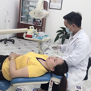 (Bình Dương) Nha Khoa Kỹ Thuật Cao Lotus 8 Răng Sứ Cercon Cao Cấp 100% Của Đức - Bảo Hành Vĩnh Viễn - Tặng Cạo Vôi, Đánh Bóng Răng Trị Giá 500k