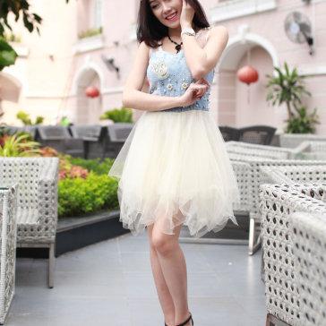 Đầm Denim Đính Nút Kết Hoa