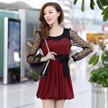 Đầm Bí Tay Ren Màu Đỏ