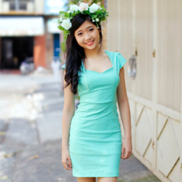Đầm Phong Cách Ngọc Trinh