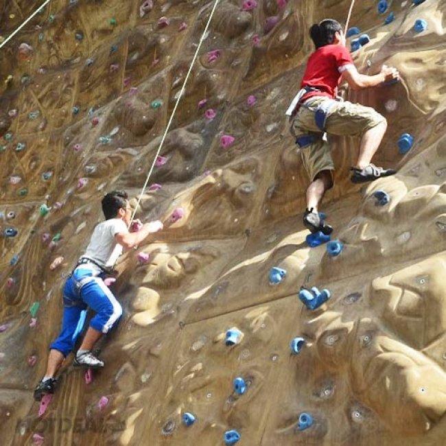 Kết quả hình ảnh cho khu vui chơi leo núi