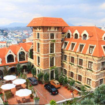 Kết quả hình ảnh cho Saphir Dalat Hotel