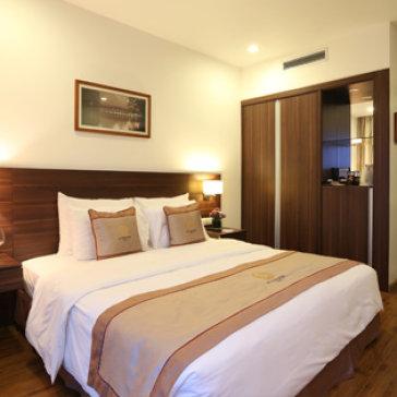Hanoi Authentic Hotel 3,5* + Ăn Trưa/ Tối 2 Người