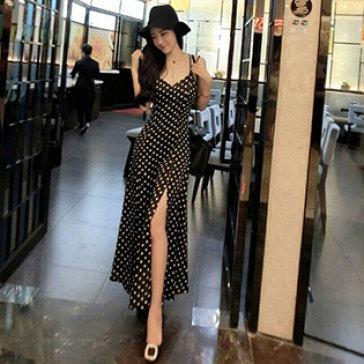 Đầm Maxi Thun Dây Chấm Bi Xẻ Tà
